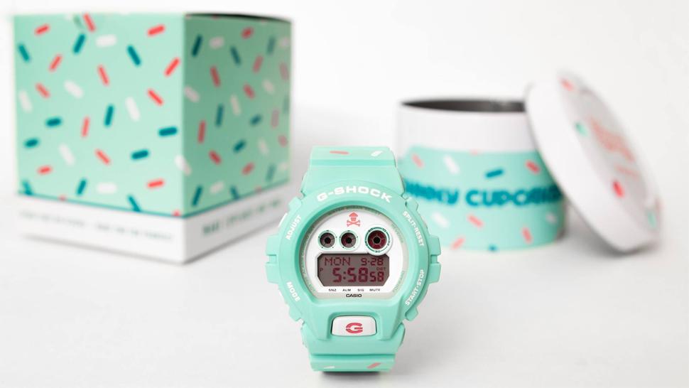 Новые часы Касио G-SHOCK vs Johnny Cupcakes с упаковкой