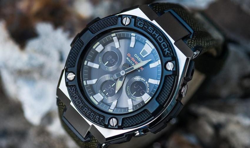 G-Shock GST-W330AC